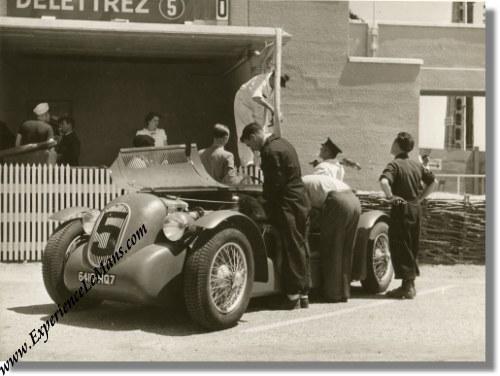 vintage 1949 photo of delettrez diesel at the le mans 24 hours delettrez01. Black Bedroom Furniture Sets. Home Design Ideas